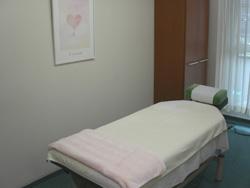 渋谷の鍼灸院、高見はり灸院の施術室